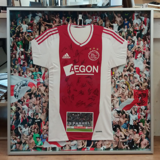 Inlijsting Ajax shirt